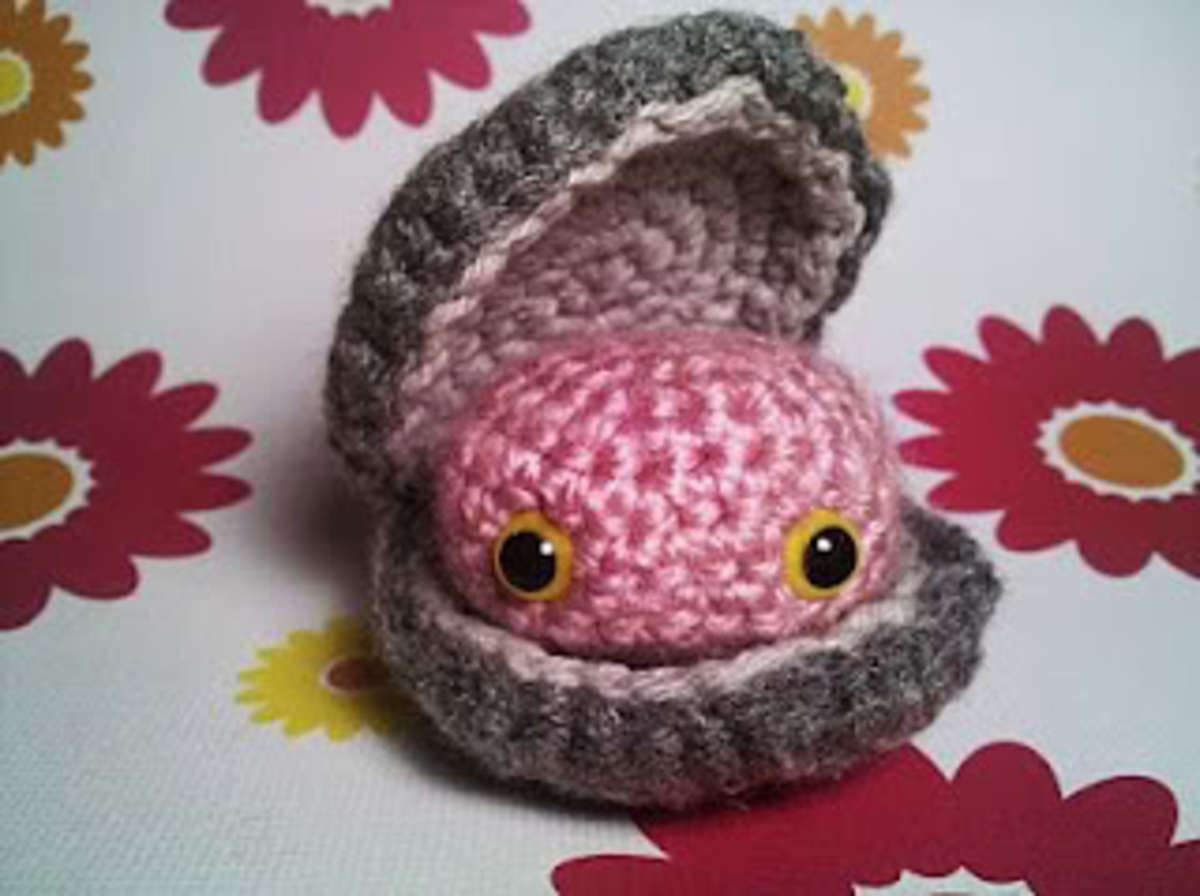 Amigurumi Crocheted Clam