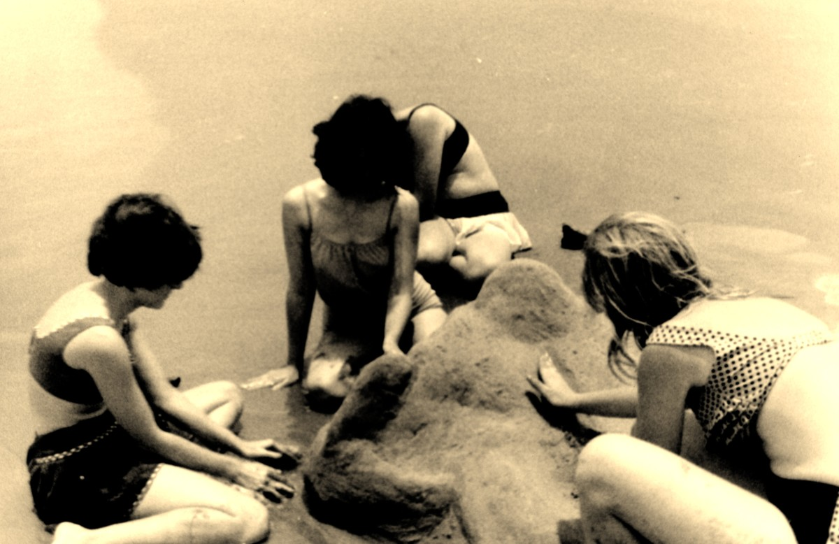 1960s fun at South Padre Island with my high school girlfriends
