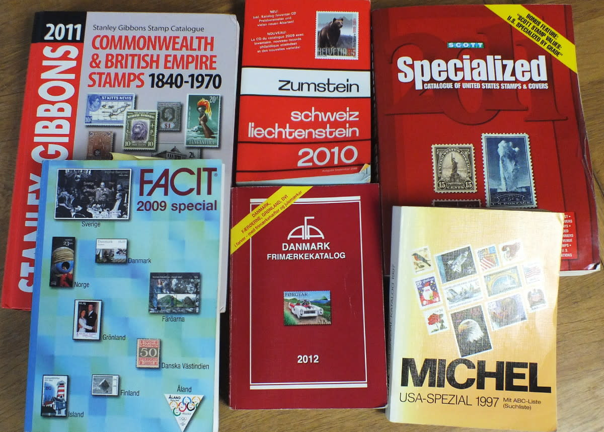 An assortment of modern stamp catalogues