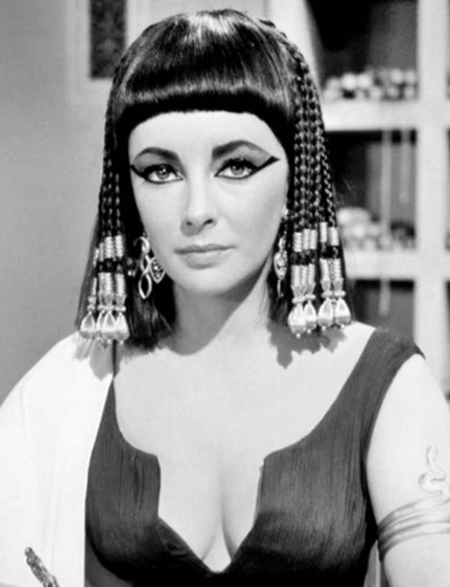 Elizabeth Taylor - The Cleopatra hairstyle -  - Hairstyles with Bangs for Round, Oval, Square, Heart, Oblong Face by Rosie2010