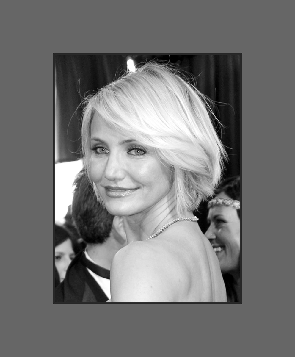 Cameron Diaz wears the sultry side-swept bangs  look very flattering for round faces - 2013 Hairstyles with Bangs for Round, Oval, Square, Heart, Oblong Face