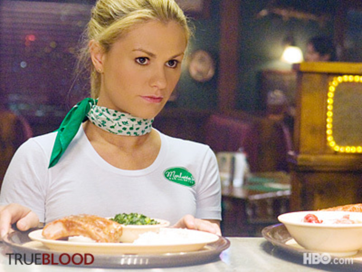 How to Dress Like Sookie Stackhouse: Sookie Stackhouse Clothes & Accessories