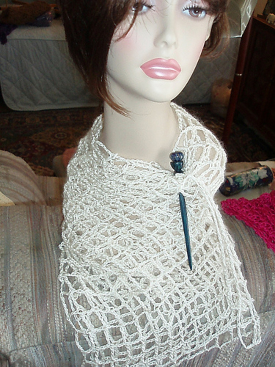 Mesh scarves are simple to crochet but look elegant and elaborate.