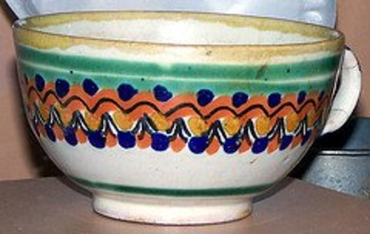 What is Majolica? The Marks That Make This Pottery Unique