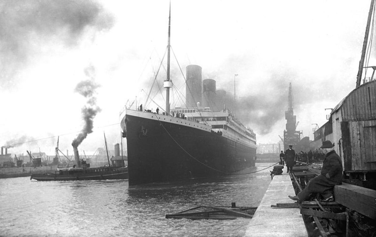 Titanic, What Really Happened the Night the Titanic Sank.
