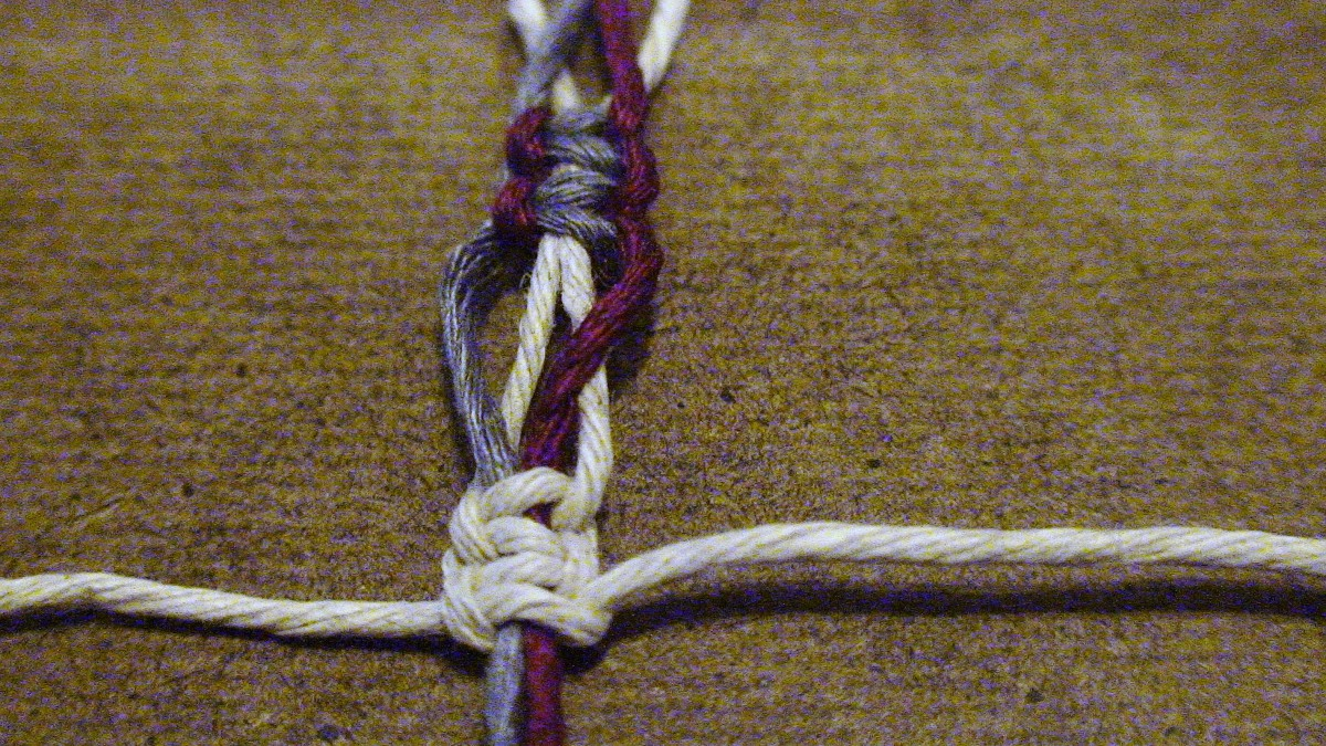 14.  Create one more square knot before beginning the next switch knot.