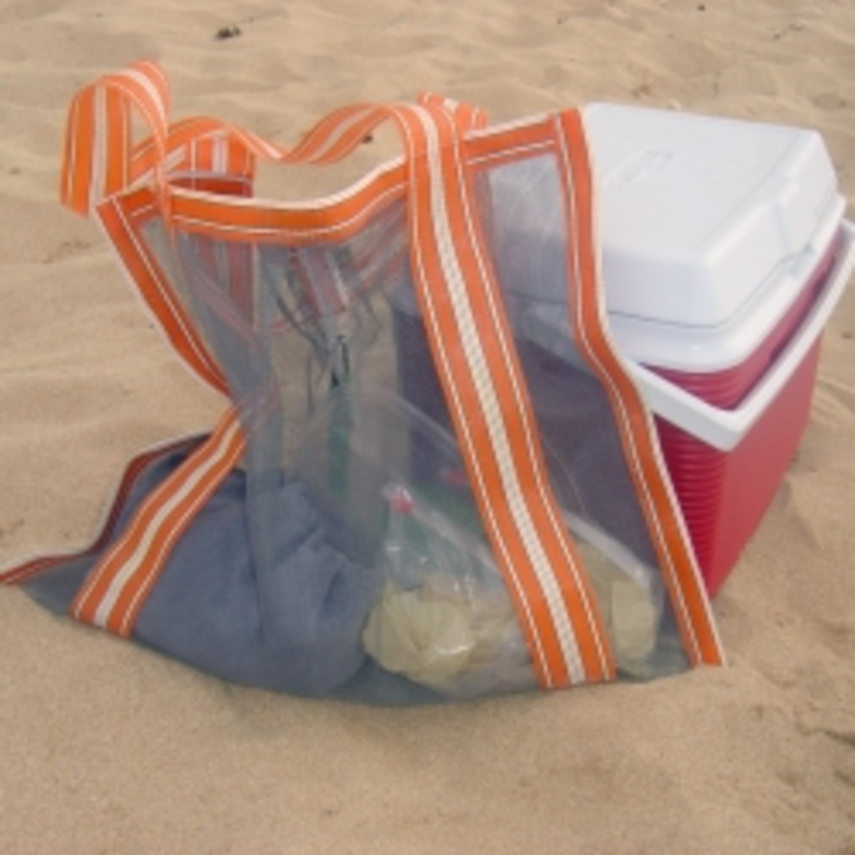 easy-sew-project-mesh-beach-tote