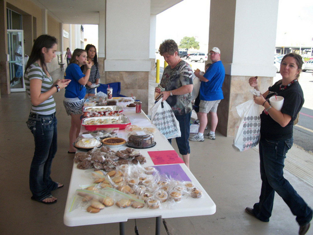 Everyone loves a bake sale!