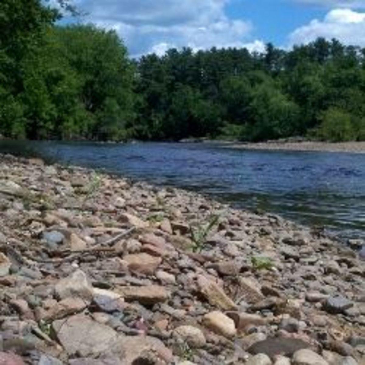 DIY River Stone Necklace for Amateur Rockhounds