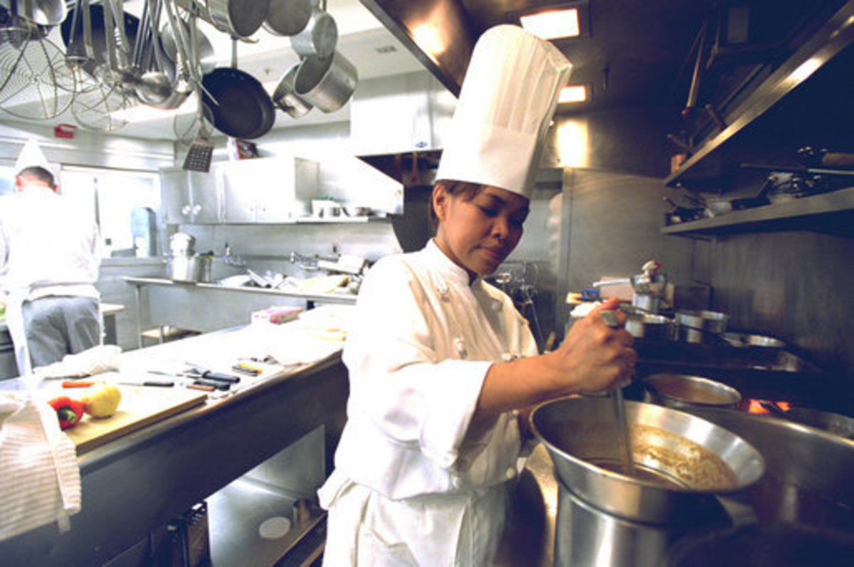 Chef Cristeta Comerford, the White House's first female and Filipina Executive Chef.