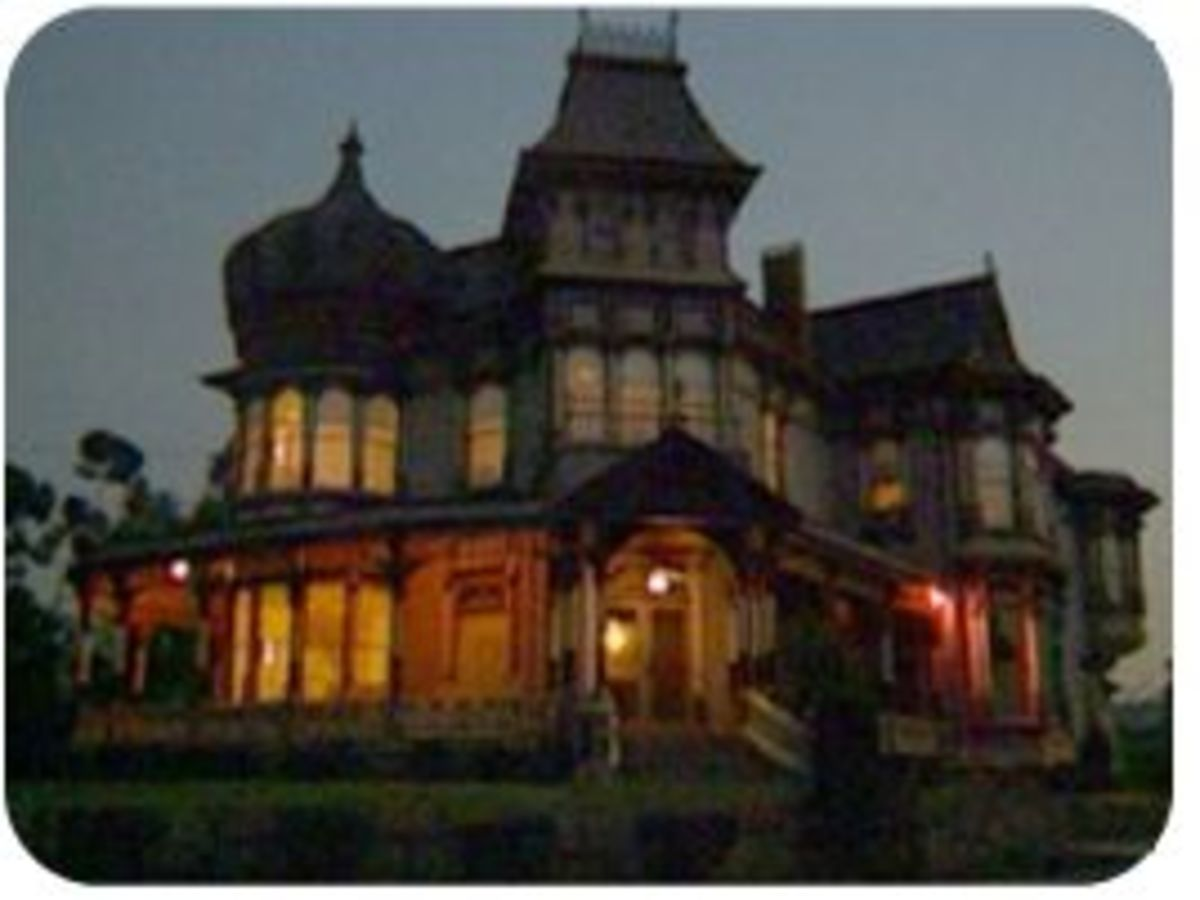 "The Haunting of Baleroy Mansion and the ""Death Chair"""