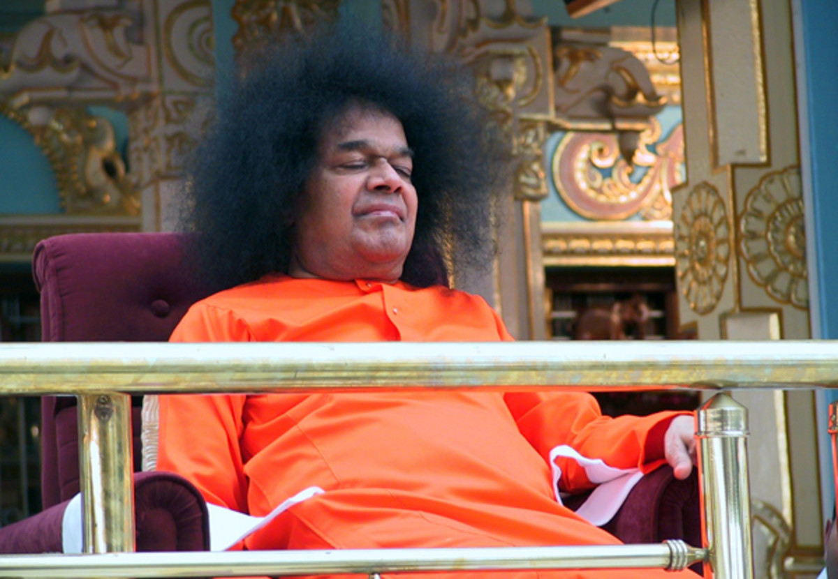 Only Swami seemed to be blissfully enjoying our programme...