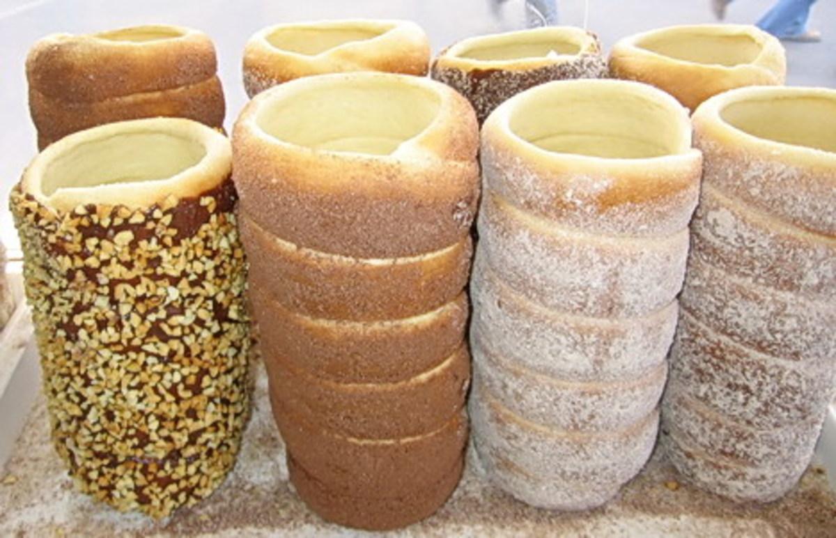 Kürtőskalács a.k.a. Chimney Cake, a delicious Hungarian pastry