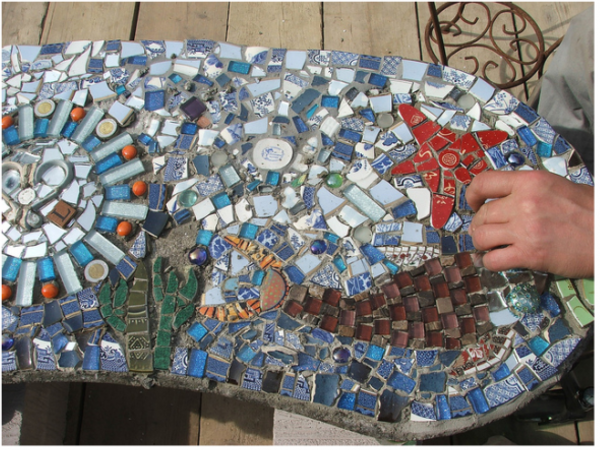 The mosaic was created by Gabi and Luke on the 'Kirstie's Homemade Home' TV programme.