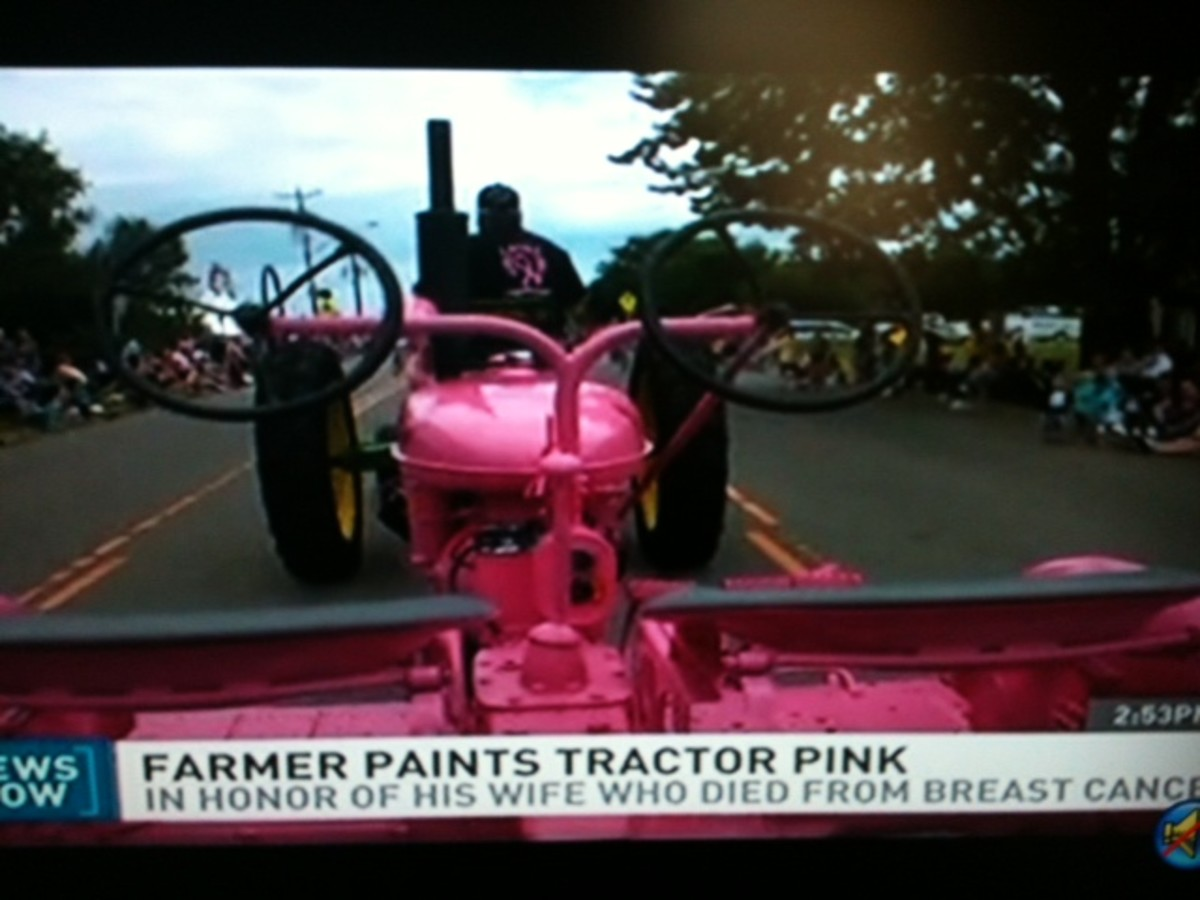 Minnesota Man Paints Tractor Pink in Memory of His Wife