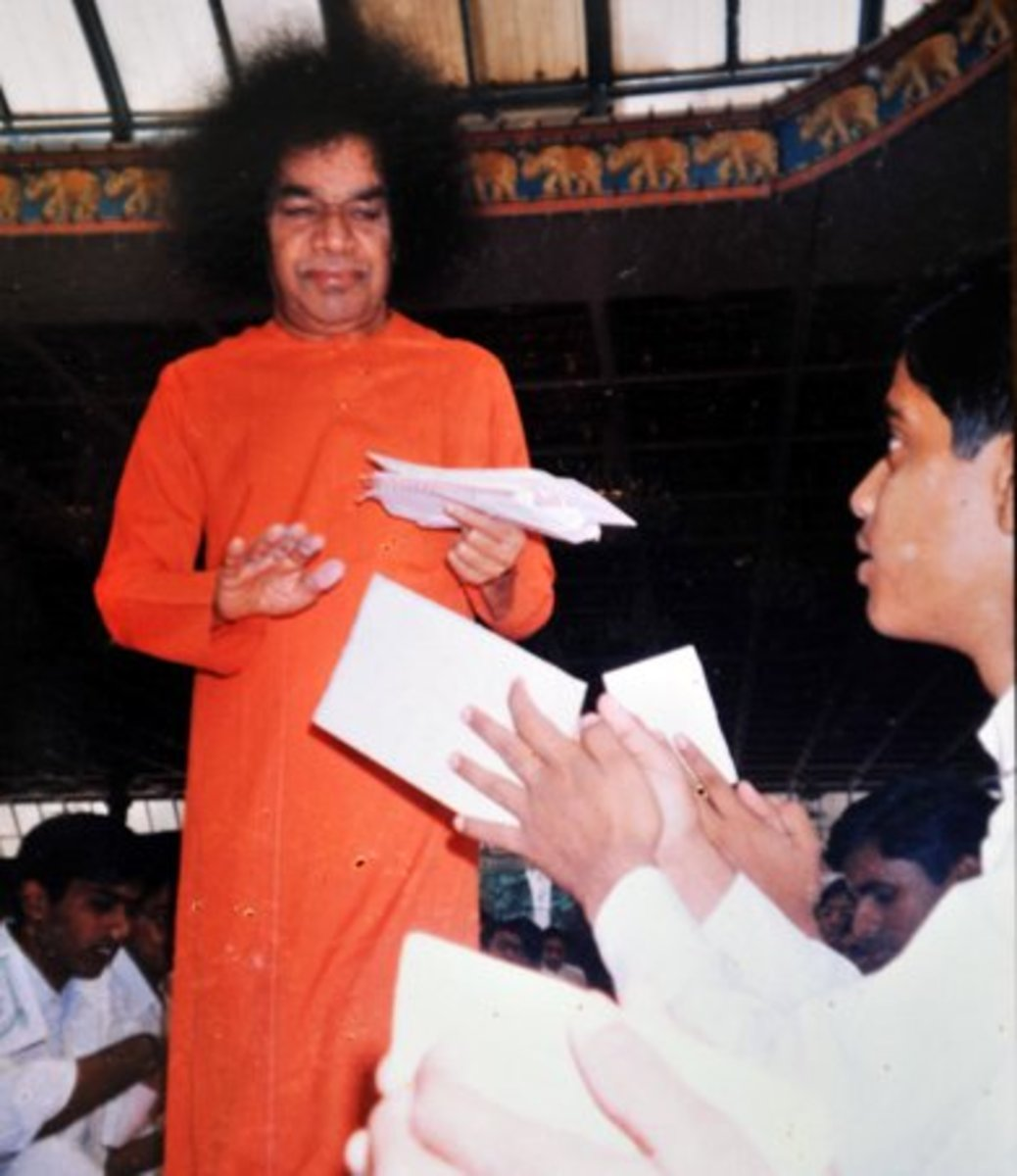 My first memorable interaction with Sathya Sai as His student