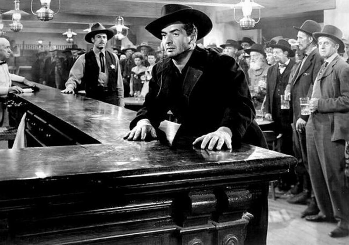 Henry Fonda and Victor Mature in My Darling Clementine