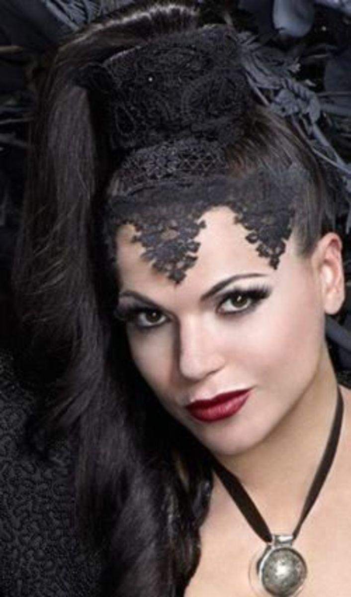 The Evil Queen's Headdress