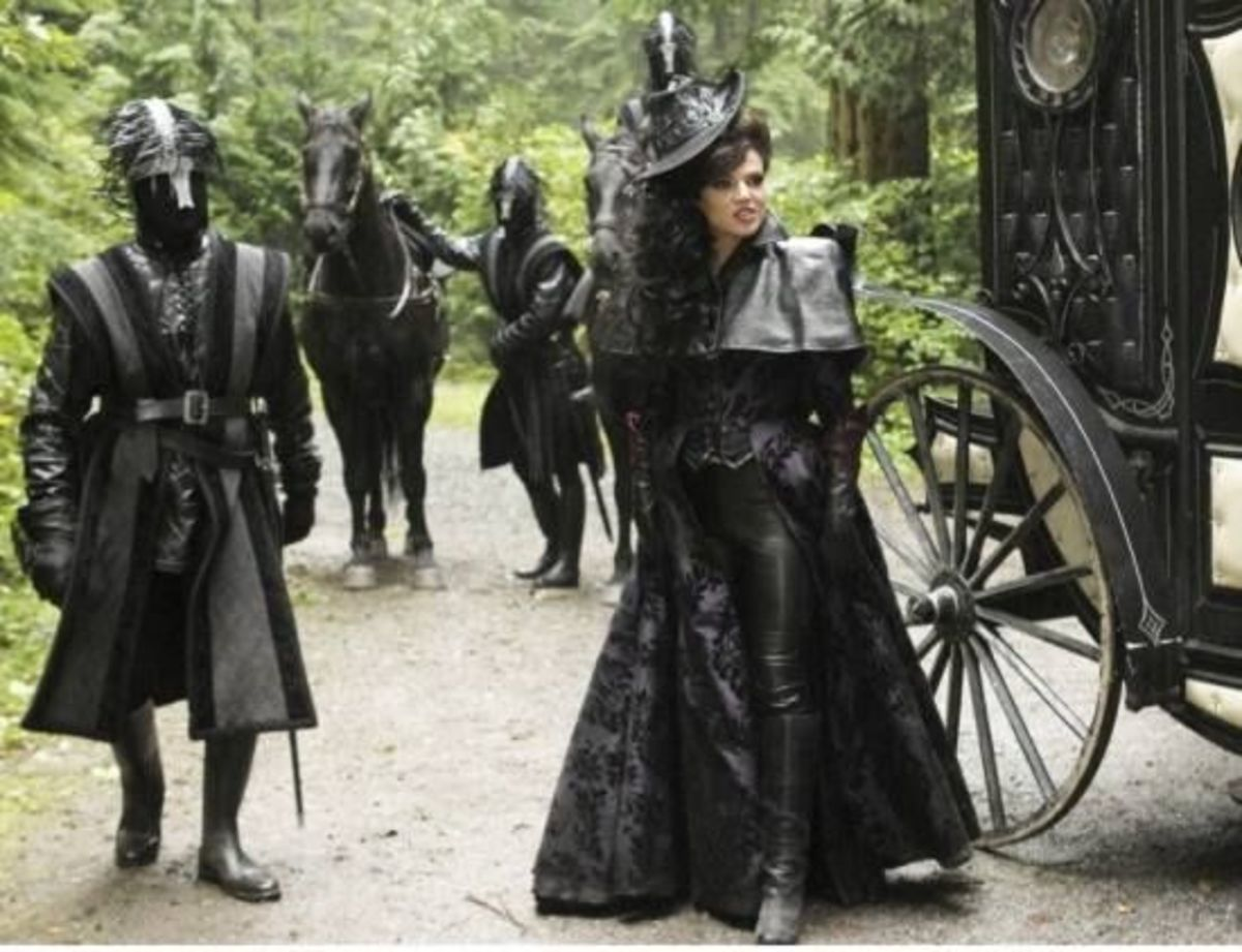 The Evil Queen and Guardsmen