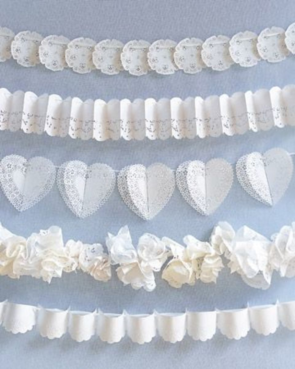 Lacy Garland Decor