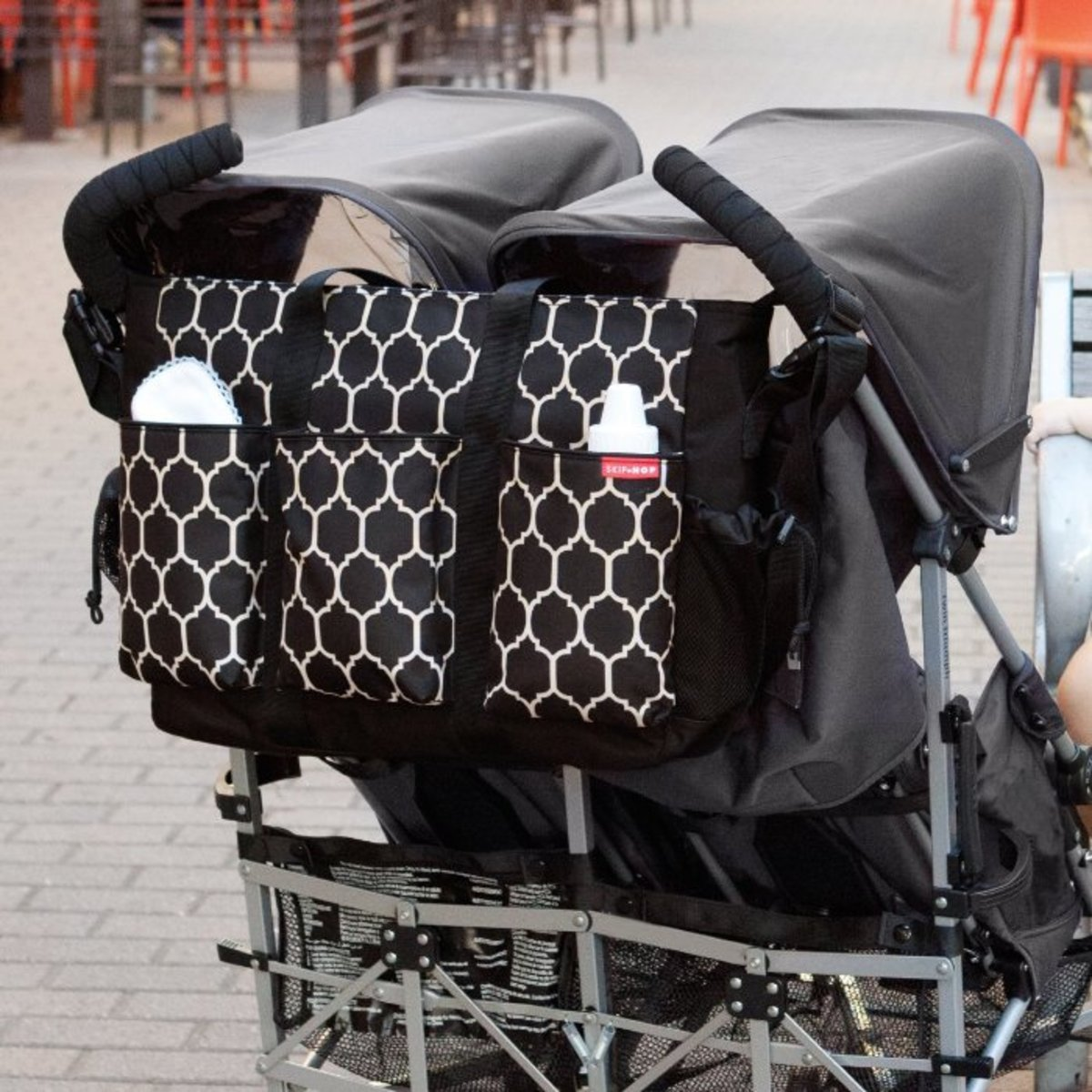 best diaper bags for twins two kids multiple children 2015 reviews. Black Bedroom Furniture Sets. Home Design Ideas