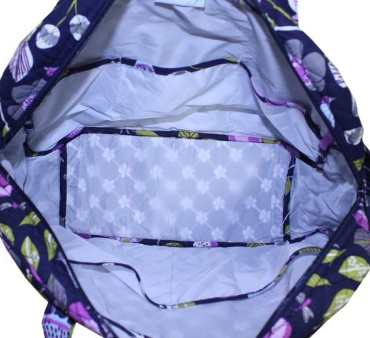 This is a huge bag with a very spacious interior.