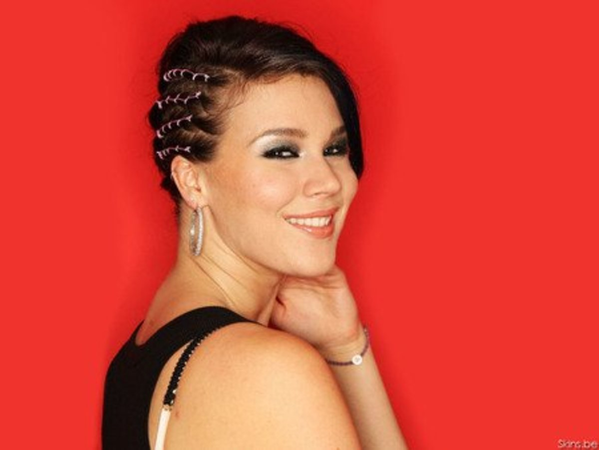 Joss Stone with Cornrows Along One Side of Her Head. Decorative Cornrow Style.