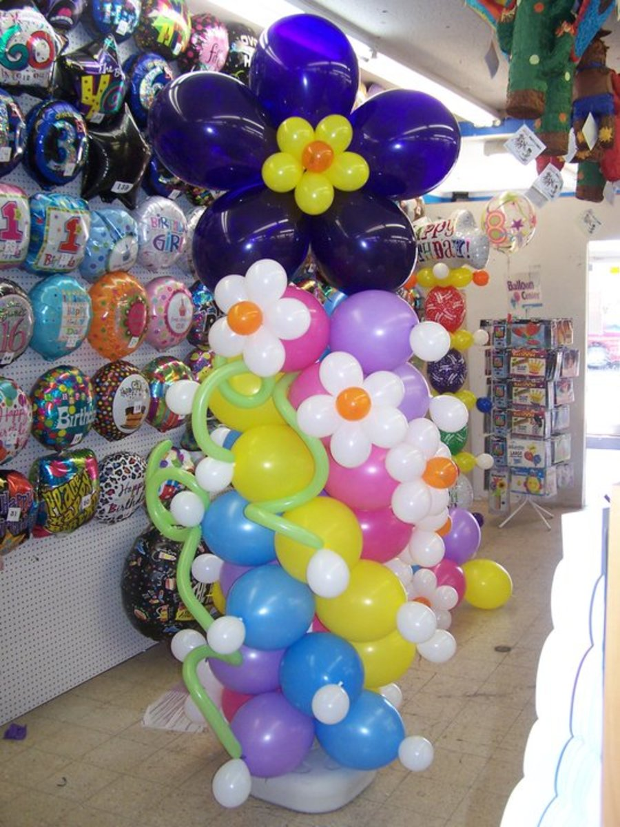 Balloon Sculptures, Bouquets, and Arches