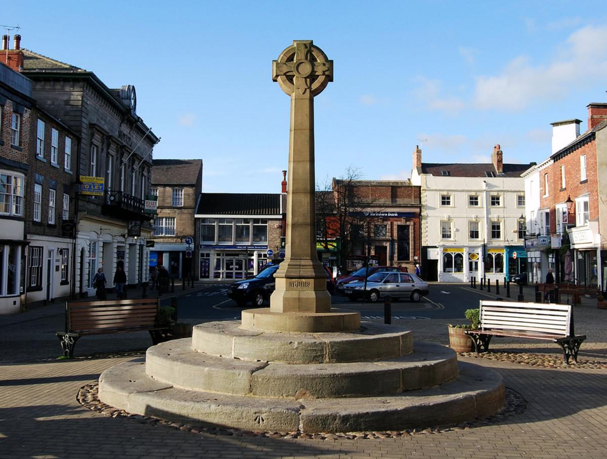 Market Cross in Knaresborough's town centre