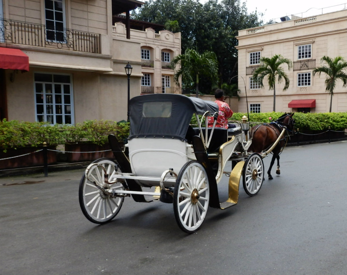 the-philippine-kalesa