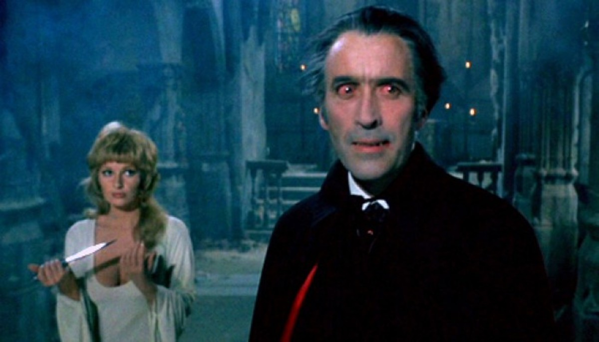 Stephanie Beacham and Christopher Lee in Dracula AD 1972