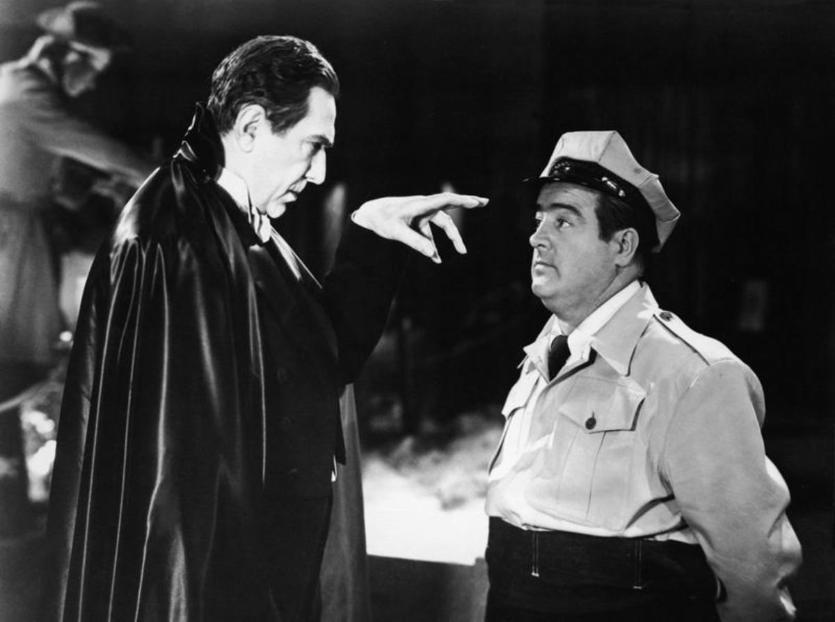 Bela Lugosi and Lou Costello in Abbott and Costello Meet Frankenstein (1948)