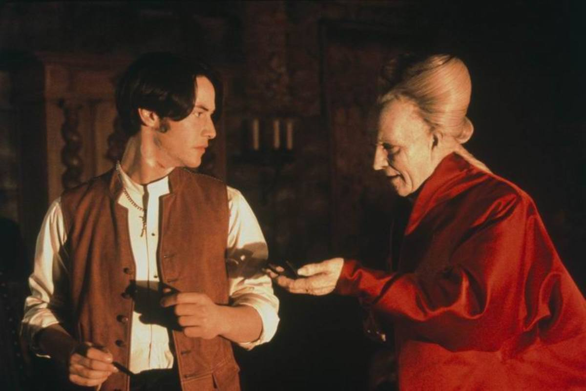 Keanu Reeves and Gary Oldman in Bram Stoker's Dracula (1992)