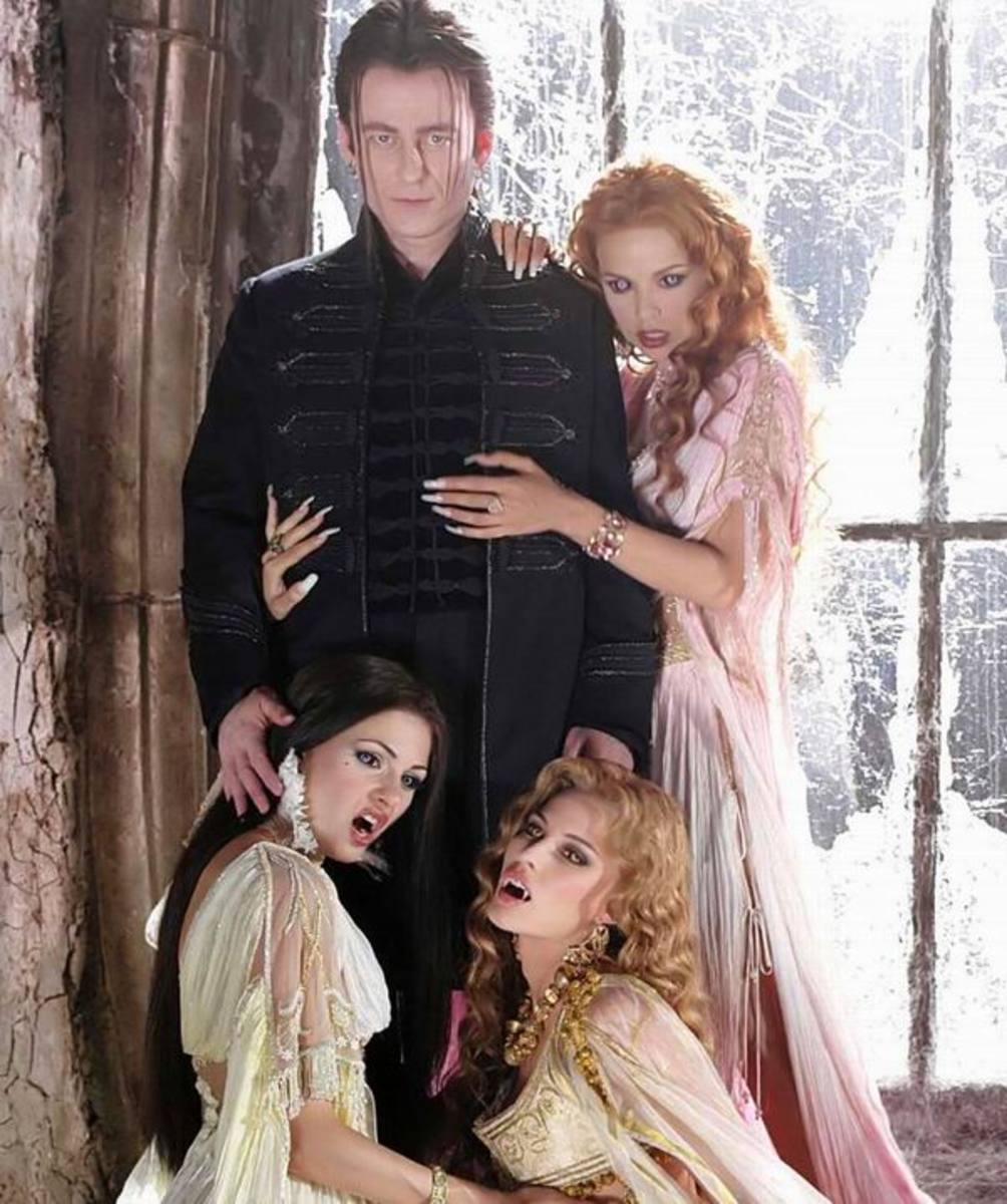 Dracula and his brides in Van Helsing (2004)