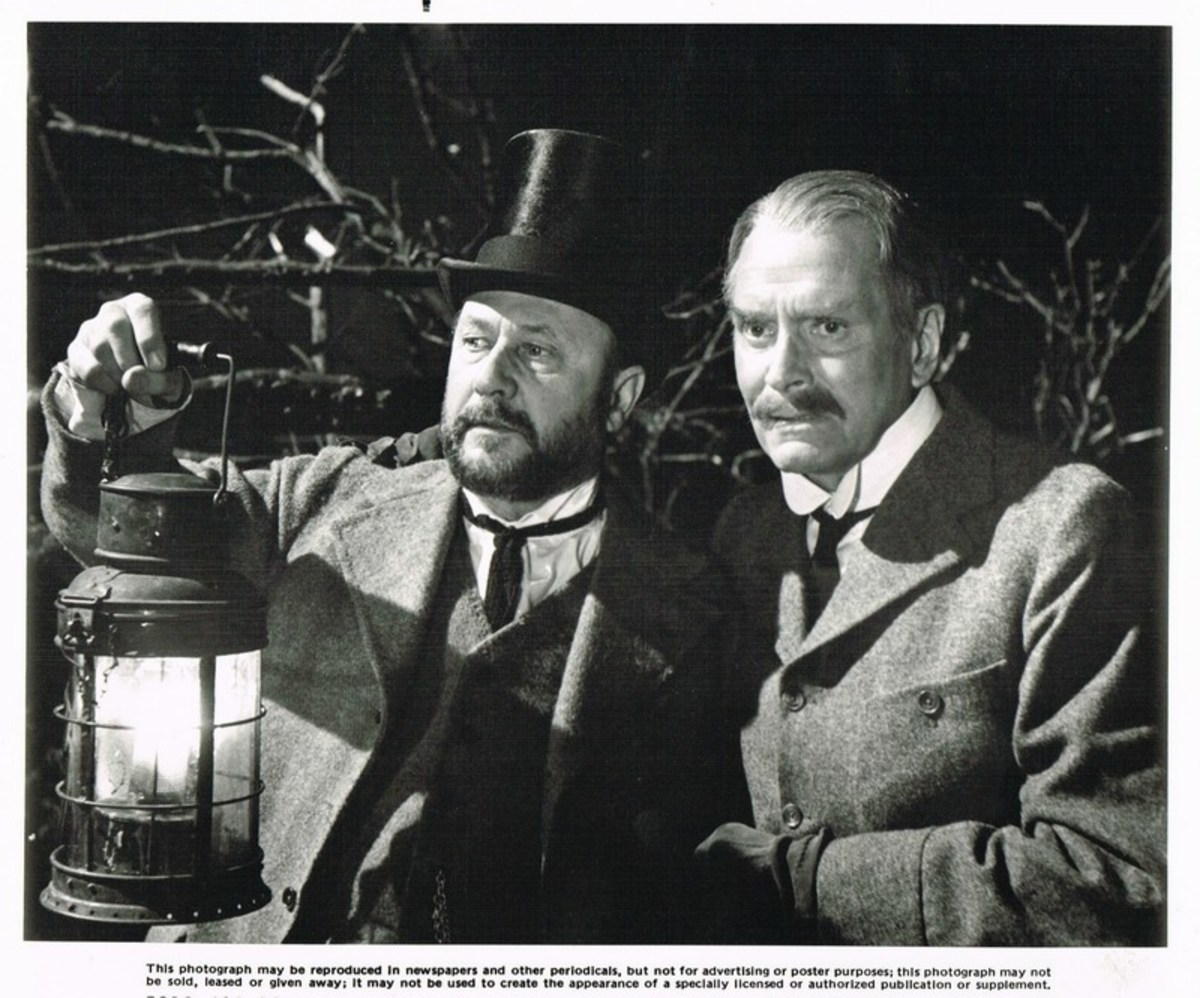 Donald Pleasance and Laurence Olivier in Dracula (1979) lobby card