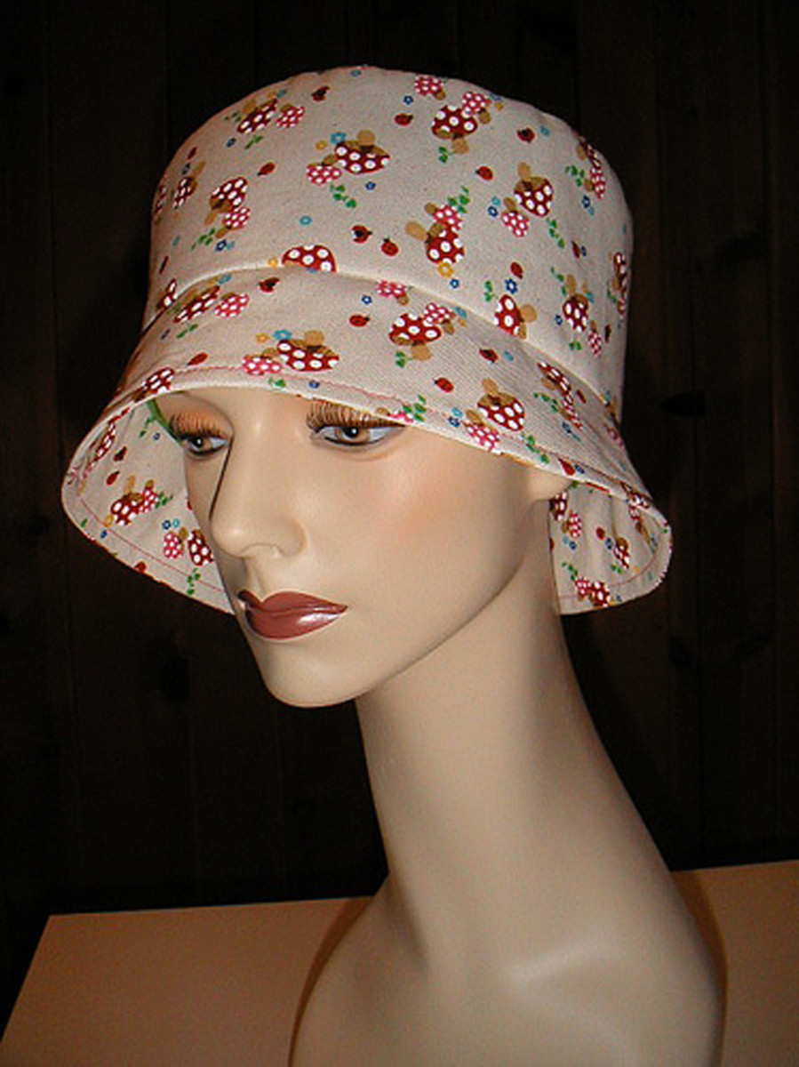 A bucket hat will definitely flatter a heart shaped face!