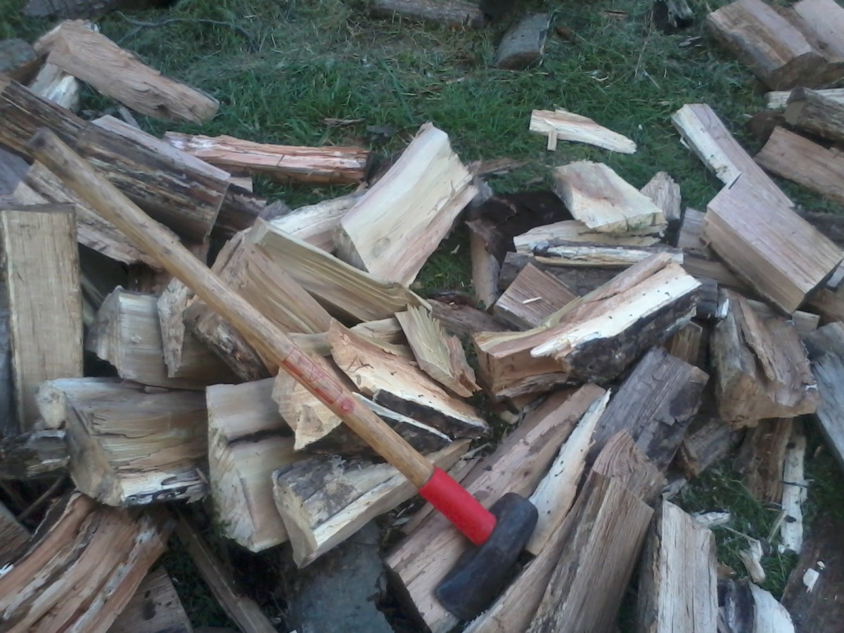 health-benefits-of-chopping-firewood