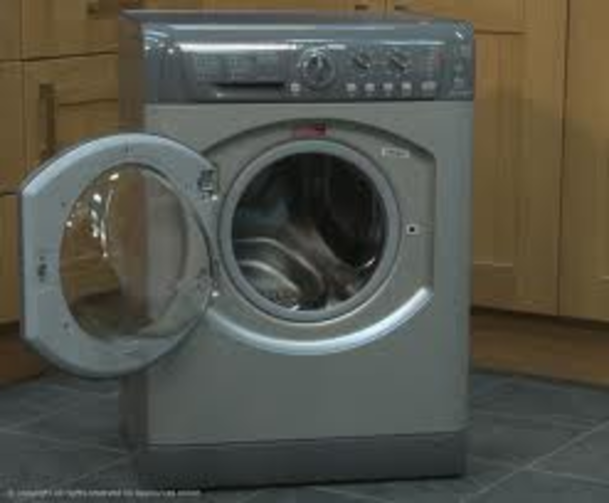 How To Cure A Blocked Pump In Your Hotpoint Aquarius WML540 Washing Machine.