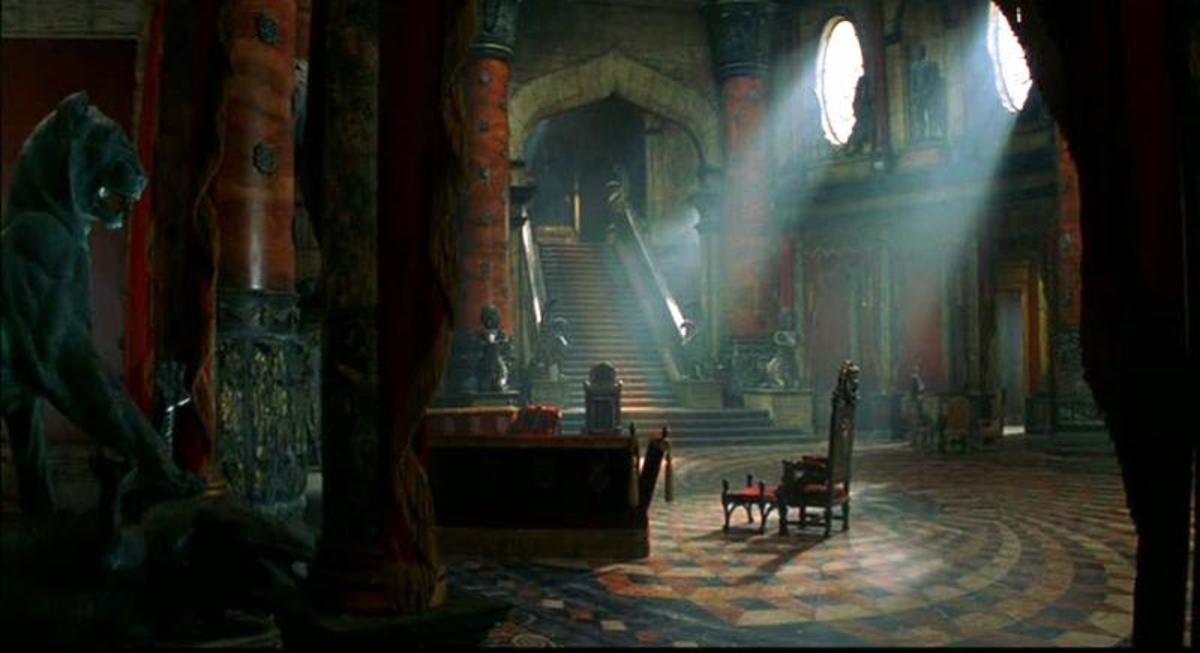 "Perhaps the only thing about ""The Haunting"" worth showing: The Sets."