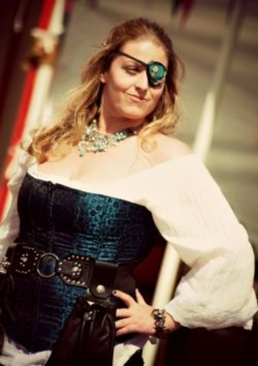 Lusty wench giving someone the eye - Photograph taken at the Three Barons Renaissance Fair in Anchorage, Alaska, June 2012, by Alaskan Dude [CC BY 2.0 (http://creativecommons.org/licenses/by/2.0/)] on Flickr.