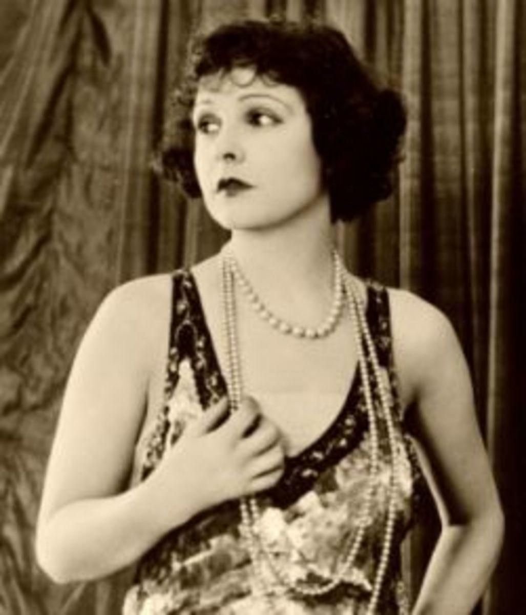 Silent film star Norma Talmadge - by Bain News Service [Public domain], via Wikimedia Commons