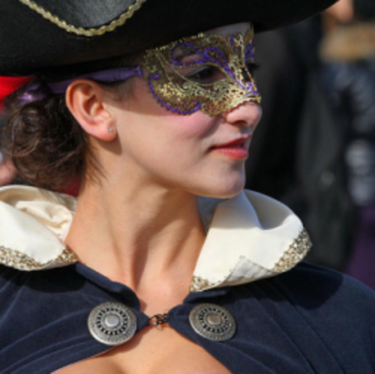 Best Halloween Costumes for Curvy Women