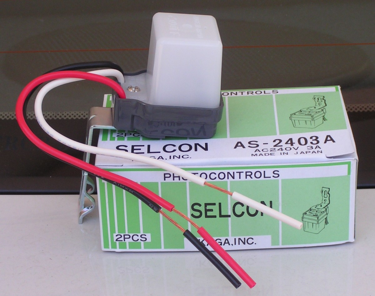 Advantages of Installing a Photocell Sensor