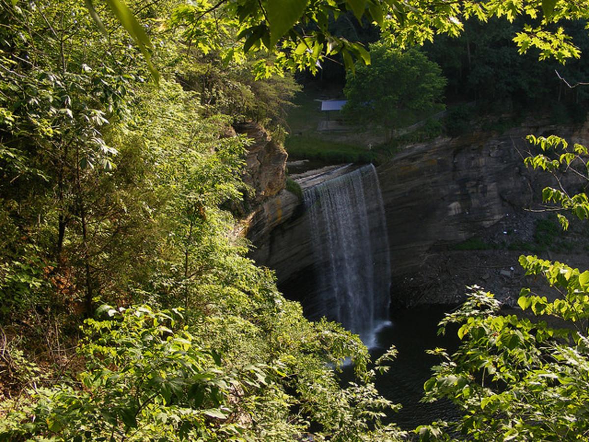 lake-cumberlands-76-falls