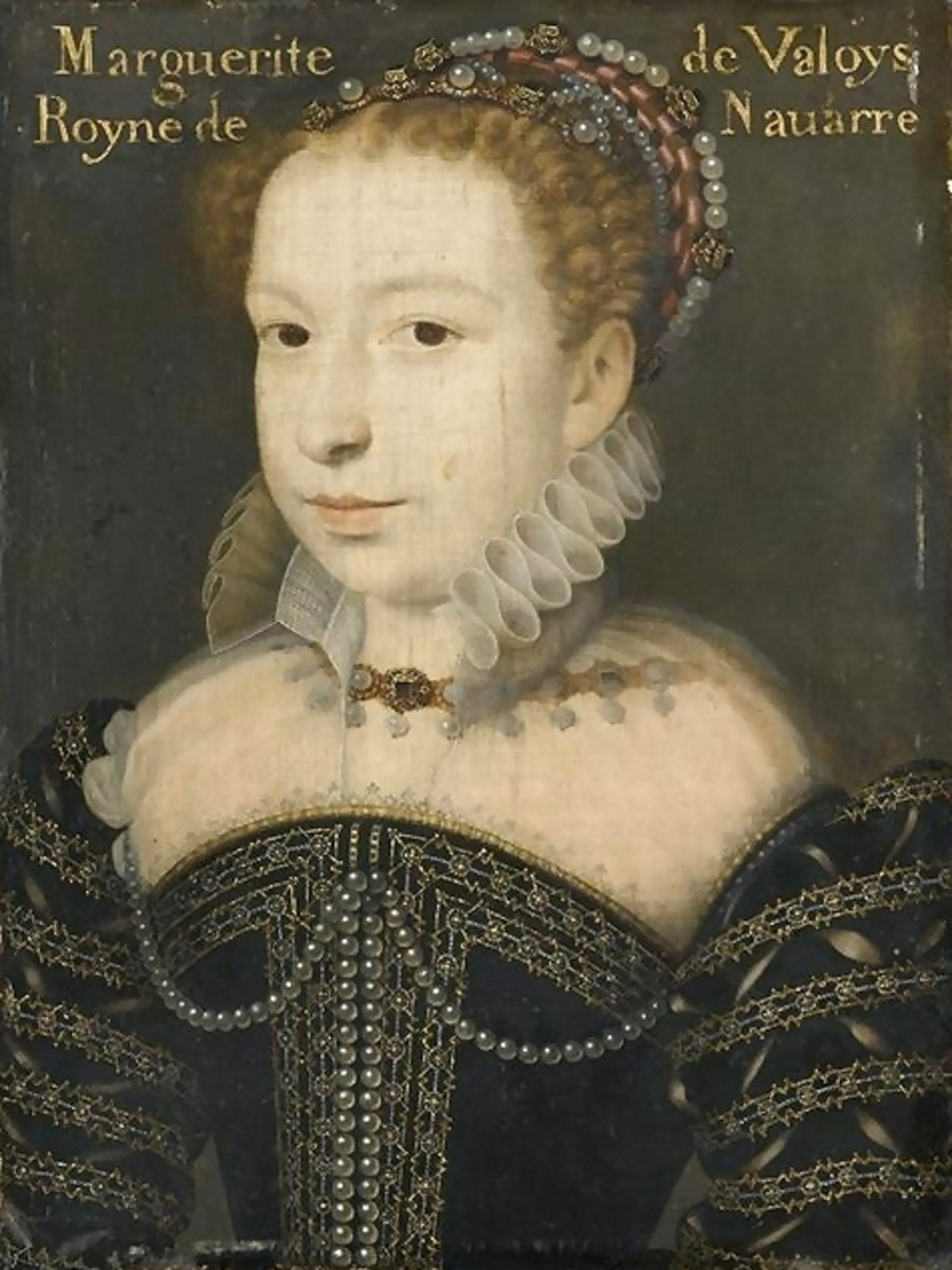 Marguerite de Valois wearing an Escoffion