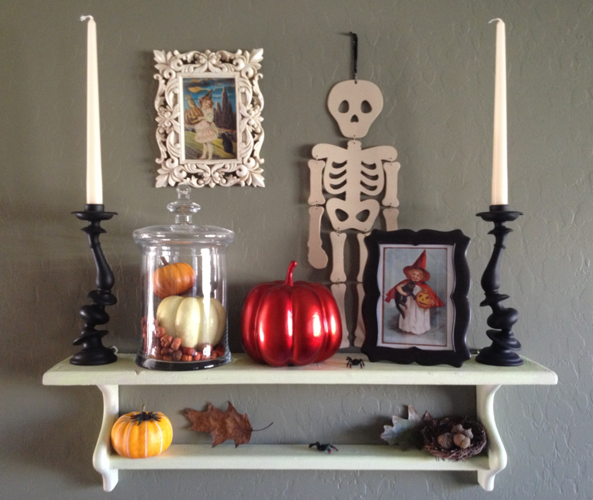 Vintage Halloween Images in Frames