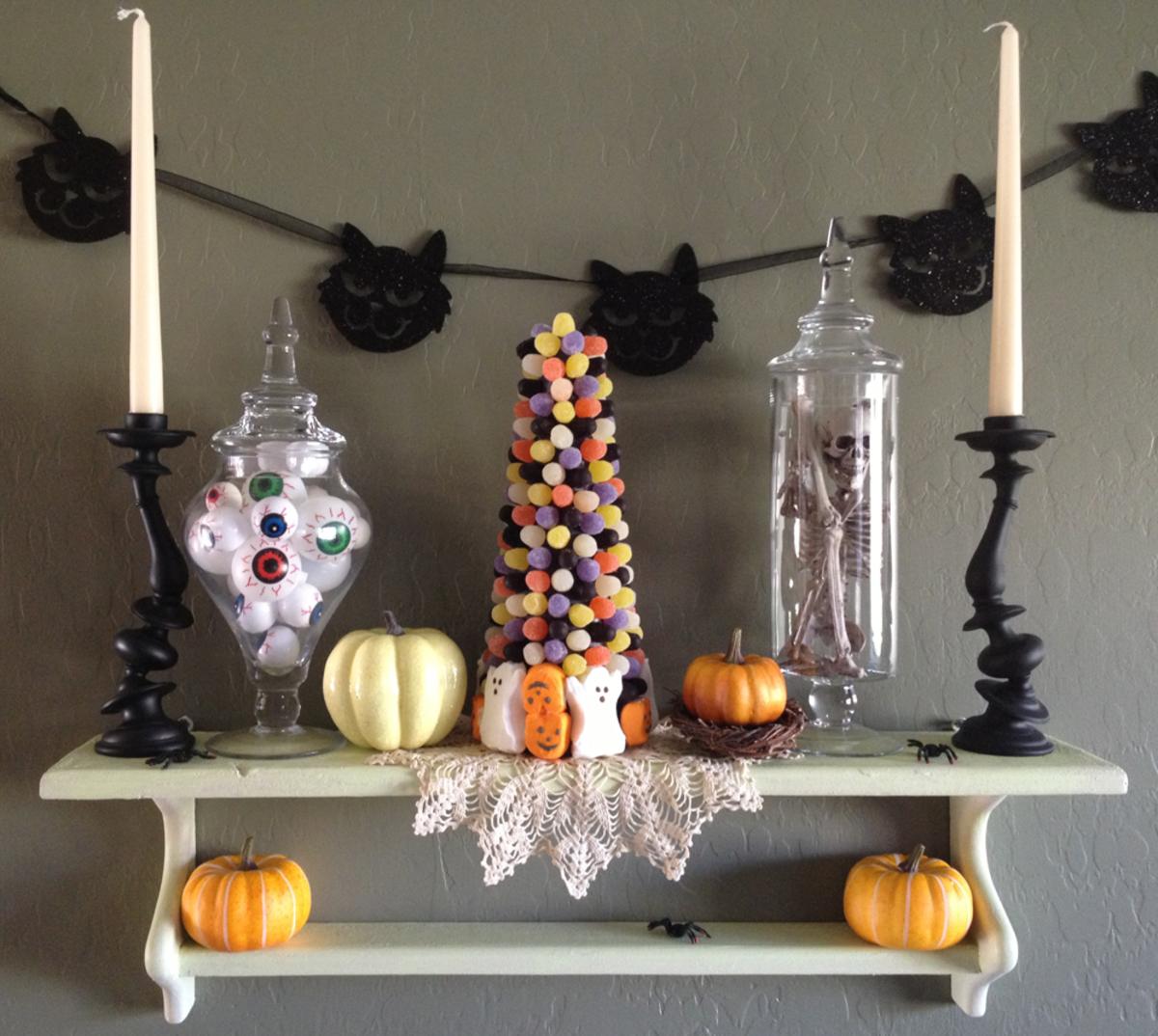 Modern Halloween Decor: Last Minute Halloween Decor