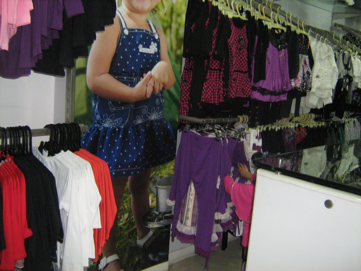 Paul Garments Rajouri Garden sells unique clothing for girls.