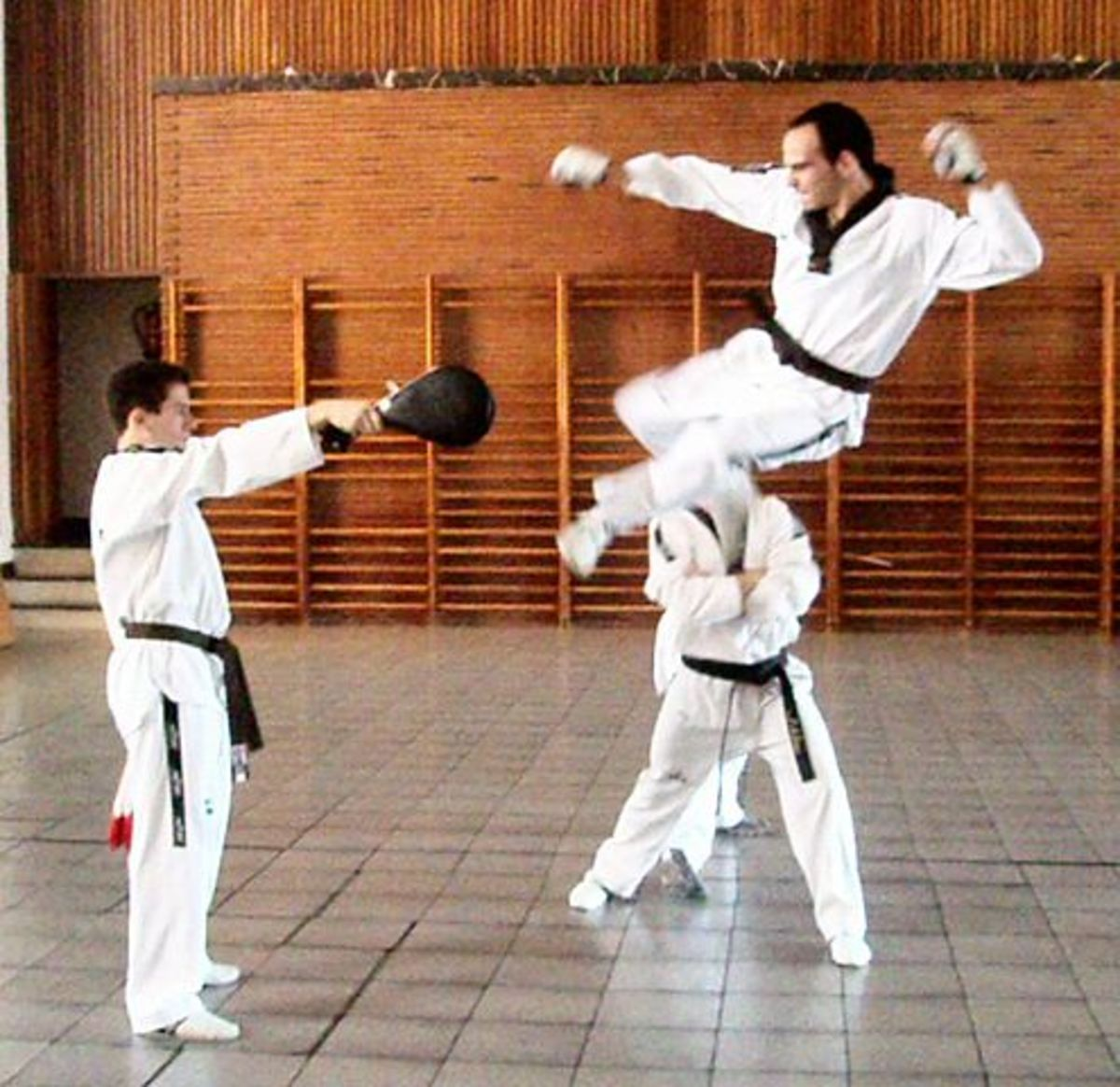 Tae Kwon Do & MMA: Effectively Applying TKD Into MMA Training