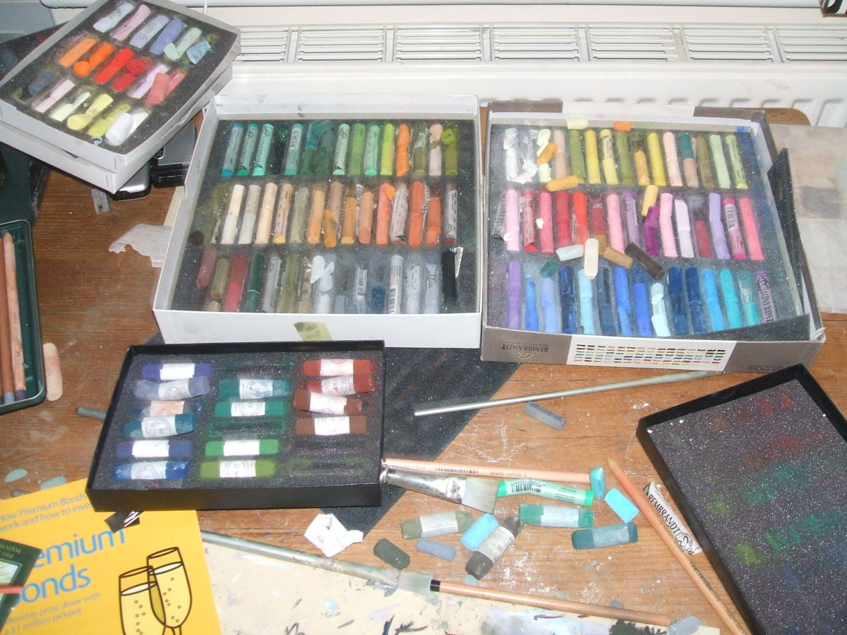 The glorious mess that is my work table, showing my Rembrandt Landscape Set